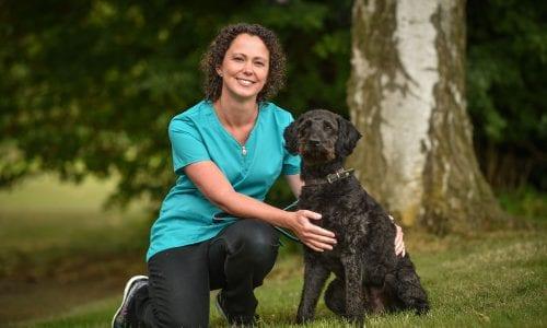 Veterinary Surgeon Sian Coxon